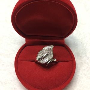 🍂NEW Sterling Silver Big Leaf Pave CZ Ring SZ 6🍂